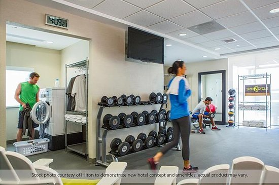 Prattville, AL : Spin2Cycle laundry and fitness center so you can be doubly productive.