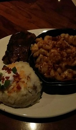 Secaucus, NJ: Outback Steak House