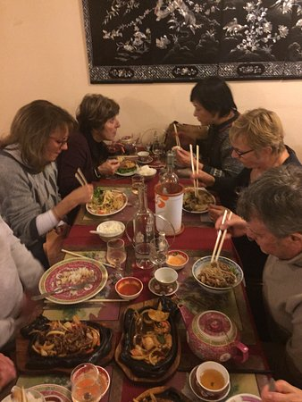 Le Pradet, France: une table bien garnie