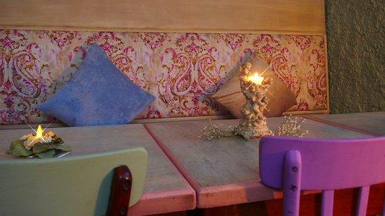 """Trinidad, Uruguay: Nuestro salón tiene un ambiente muy """"cozy"""" y romántico!"""