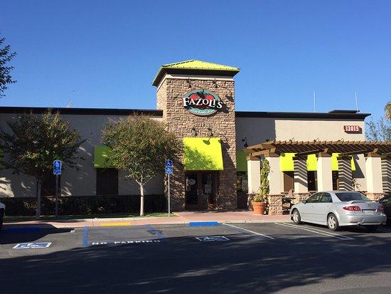 Chino Hills, Kalifornia: Exterior
