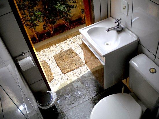 State of Sao Paulo: banheiro quarto masculino