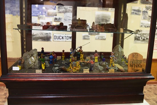 Ducktown Basin Museum - Diorama of mine workers