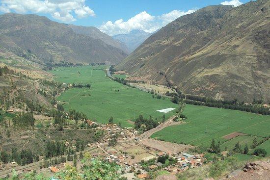 Région de Cuzco, Pérou : Valle Sagrado camino a Pisac
