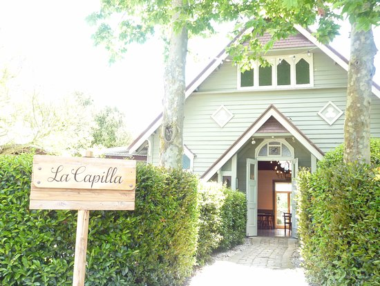 Richmond, New Zealand: Welcome to La Capilla