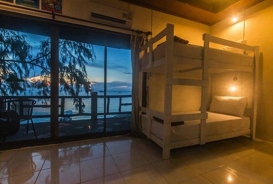 Goodtime Beach Hostel Photo