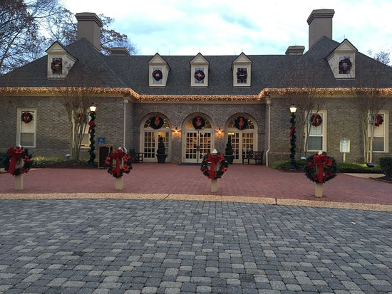 Marriott's Manor Club at Ford's Colony: photo0.jpg