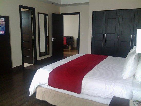 Hotel Principe & Suites: Muy amplia