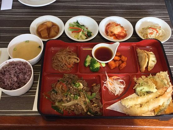 Photo of Asian Restaurant Kimchi Korea House at 149 Dundas St W, Toronto M5G 1C5, Canada