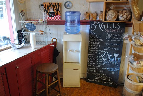 Lewisburg, Virginia Occidental: Inside of The Bakery