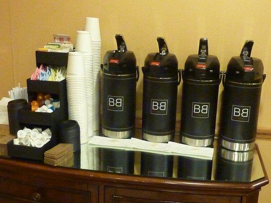 Kodak, Τενεσί: Fairfield Inn_Breakfast Buffet