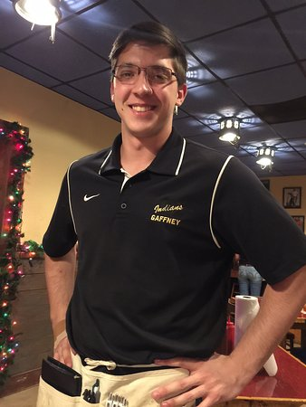 Gaffney, SC: Drew was our waiter tonight. He is one of the very best.