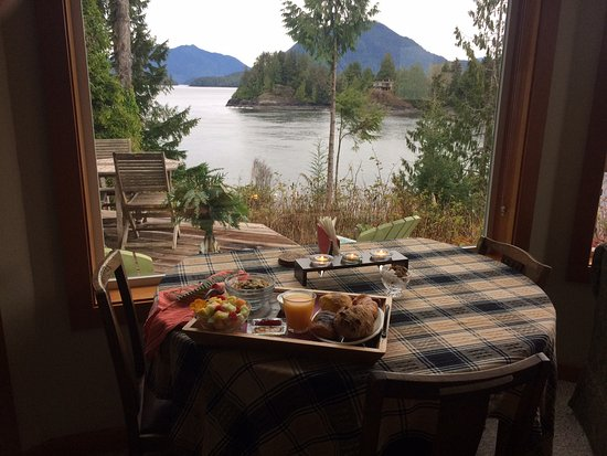 Meares Retreat Bed & Breakfast: breakfast