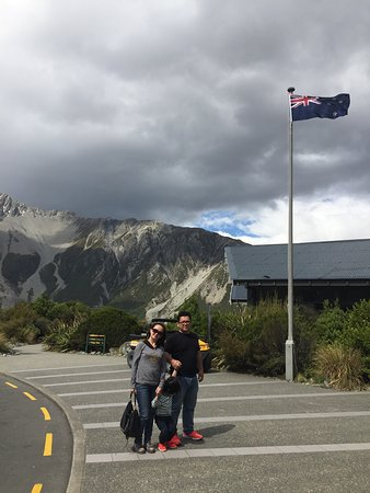 Mt. Cook Village, Yeni Zelanda: Fantastic view & great history