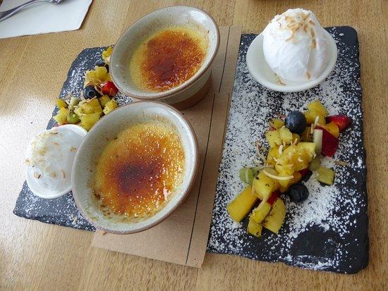 Noosaville, Avustralya: Share desserts