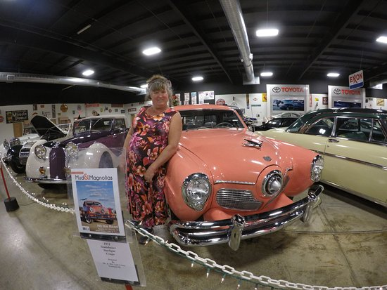 That Dress Goes Well With The Car Shame It Did Not Get Me A Ride - Tupelo car show