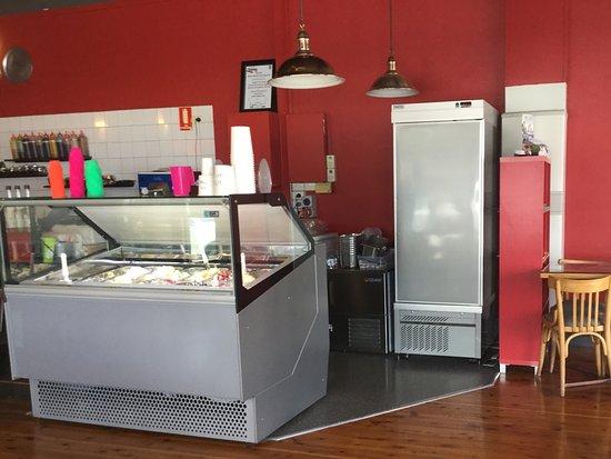Benalla, Australia: Ice cream bar Hollywood Cafe