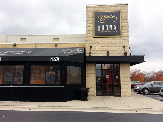 Itasca, IL: front of & entrance to Buona