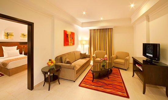 Corp Executive Hotel Doha Suites: Elegant Suites