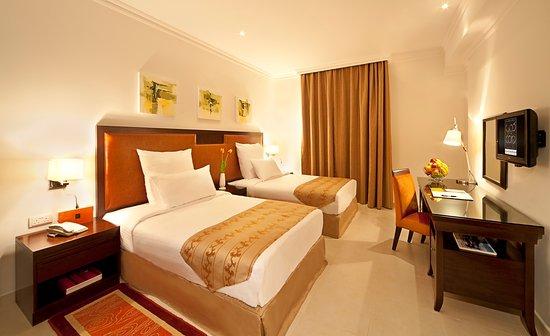 Corp Executive Hotel Doha Suites: Twin Bedroom Suite!