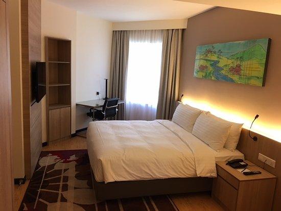 Master Bedroom Hotel master bedroom - picture of oakwood hotel & residence kuala lumpur