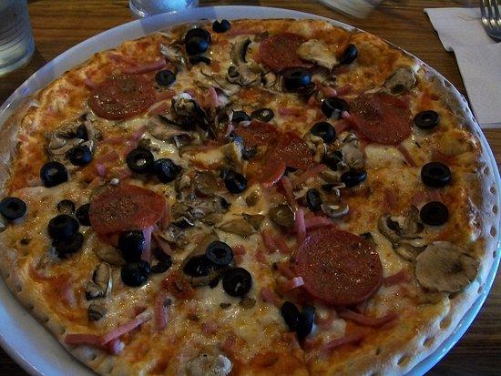 Al Forno - Shepherd's Bush Green: Pepperoni Pizza Al Forno.