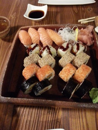 Trnava, Eslovaquia: Sushi 4