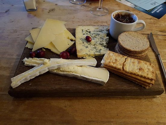 Horsley, UK: Cheese Board was really yummy (don't eat the cranberries like my sister!!)