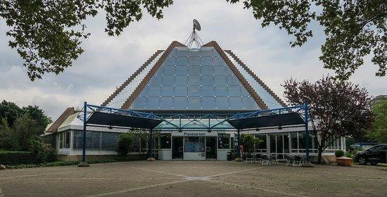 Mannheim, Germania: Planaterium, exterior