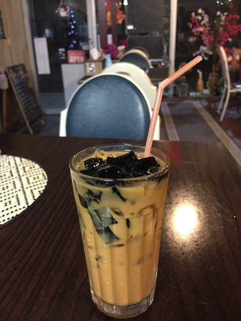 Glen Innes, Australien: Thai tea with black jelly.