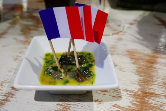 French Martini: escargot