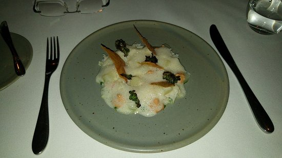 Whitebrook, UK: Our Crab starter - delicious!