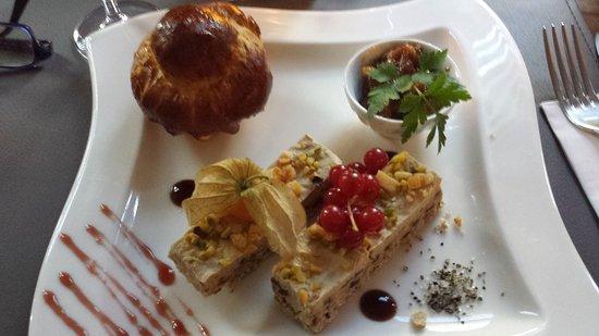 Londerzeel, Belgium: Carpaccio (avec petite portion suppl.d'huile: ze détail) & foie gras