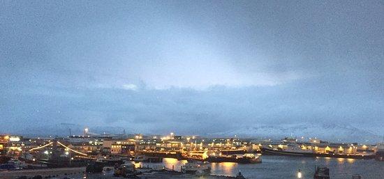 Icelandair Hotel Reykjavik Marina: Sunrise view from Harbor-side 4th floor room