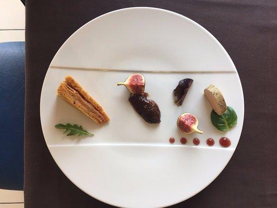Prefailles, France: Ballottine de foie gras au coteau du layon ,douceur de pain d'épices