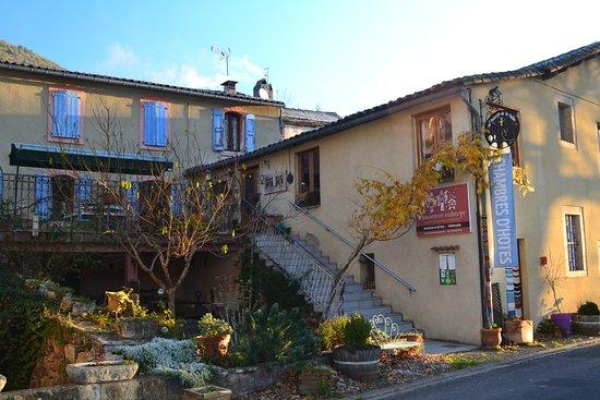 Saint-Felix-de-Sorgues, Francja: l'entrée de l'ancienne auberge
