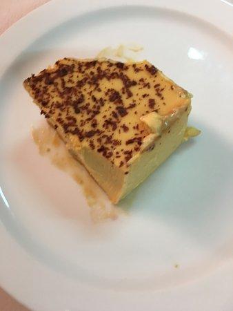 Nogueira de Ramuin, Spain: Primero plato de cuchara Segundo carne o caldeiro Postre casero