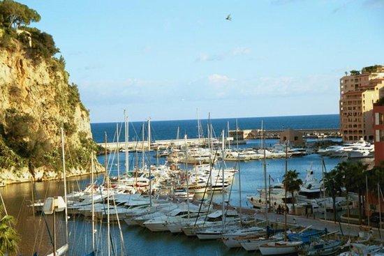 Fontvieille, Monaco: entrée du port