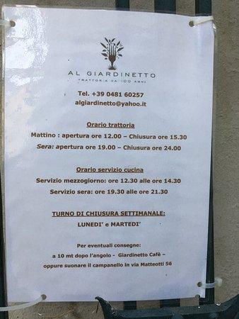 Cormons, Италия: Chiuso lunedì & martedì