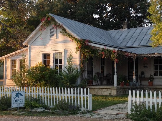 Bandera, TX: 1904 Ranch House/ Office- Welcome!