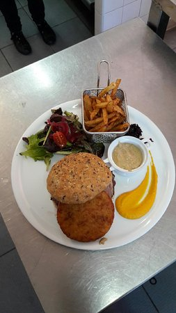 Lignan-sur-Orb, فرنسا: Burger