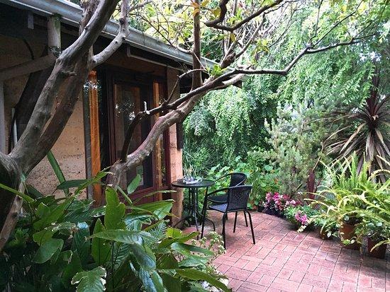 Bridgewater On Margaret River: Verandah amongst the garden