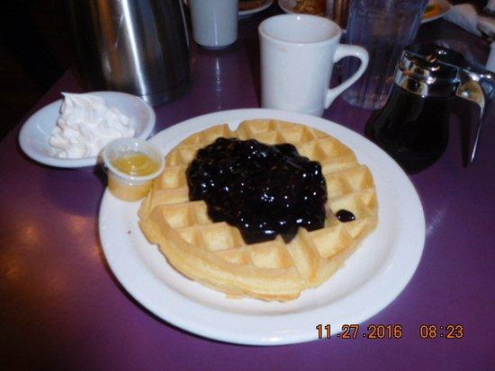 Belgian Waffle & Pancake House: My Breakfast Choice