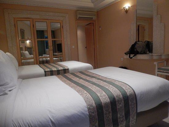 Zaki Hotel Foto