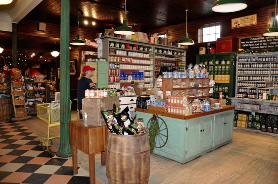 "Rockingham, Вермонт: Vermont Country Store - ""Care For Some Samples?"""