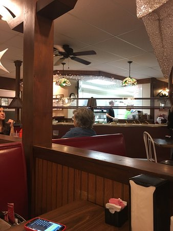 Carlinville, IL: Inside