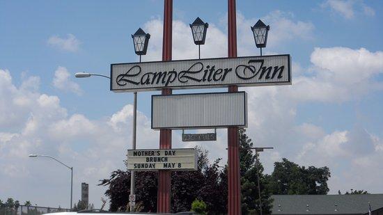 Lamp Liter Inn Sign