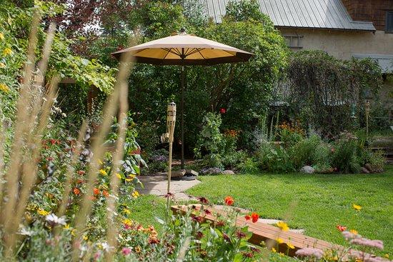 Carbondale, CO: Flower garden