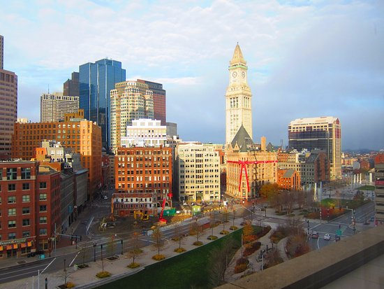 Boston Harbor Hotel: City View From Room