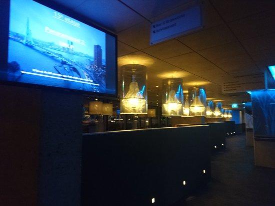 Inntel Hotels Rotterdam Centre: Лобби